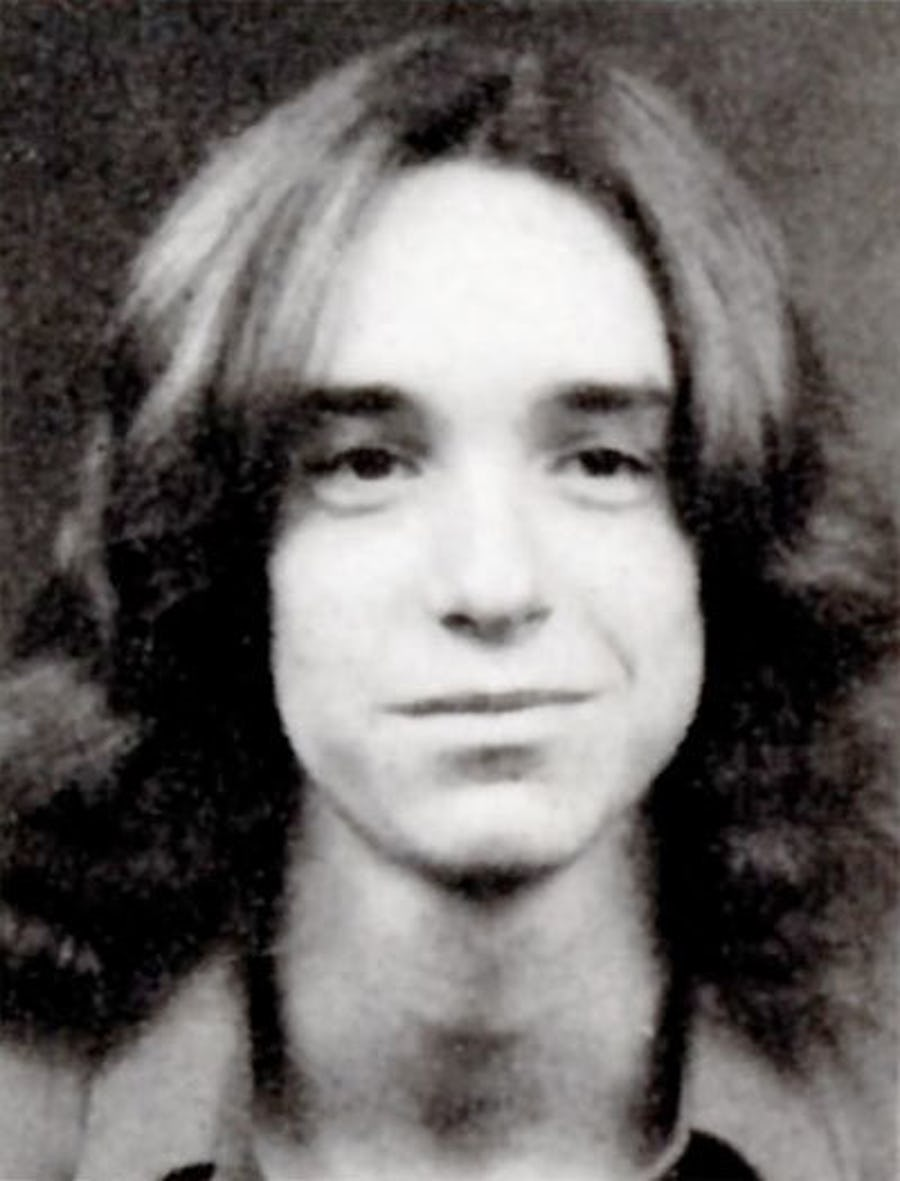 A young Cliff Burton